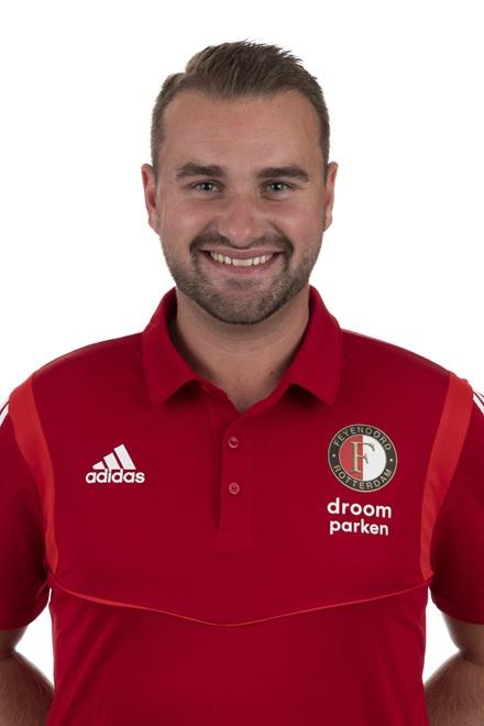 Brian Yzebaart Trainer/coach O9